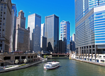 Boat Tour of Downtown Chicago