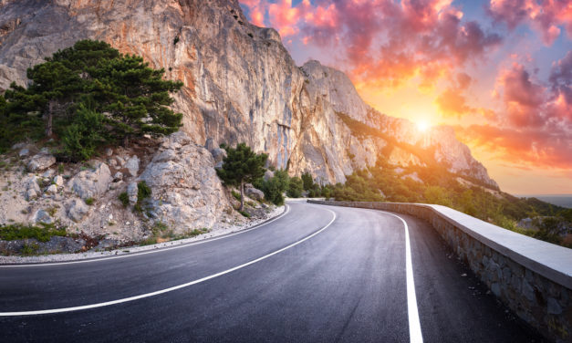 5 Reasons to Drive Instead of Fly on Your Next Trip