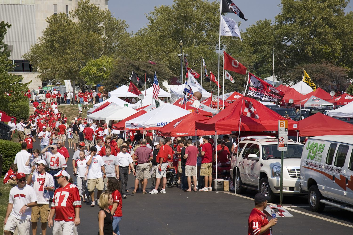 Video: Tailgating Tips