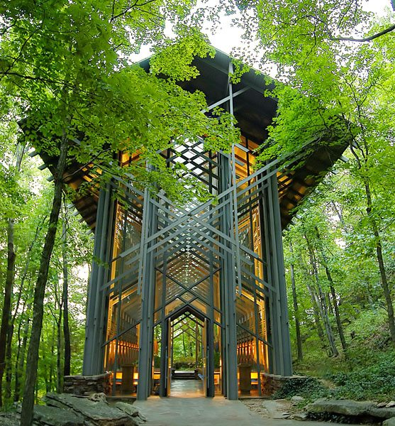 Thorncrown Chapel Outside