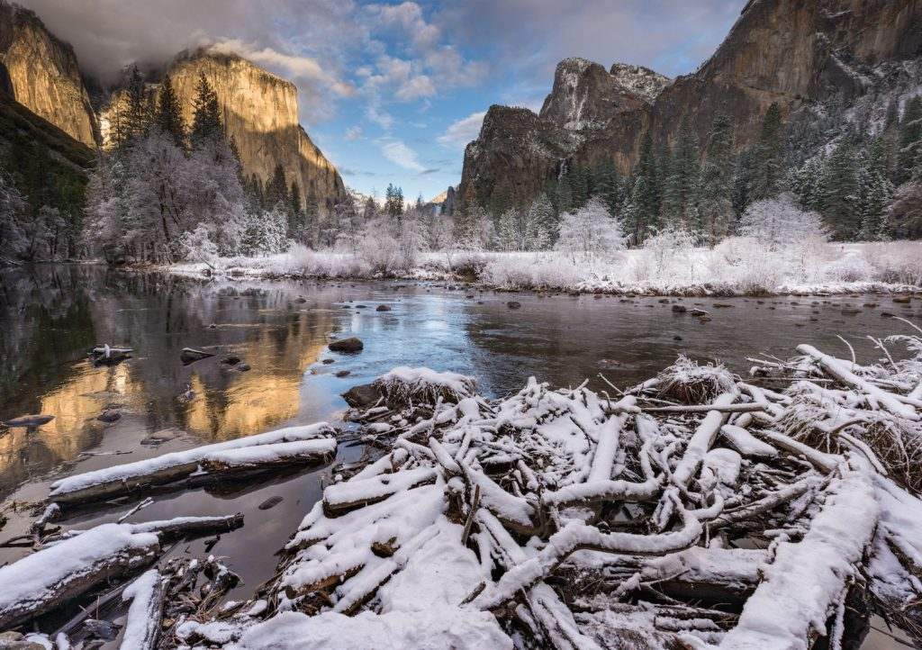 Landscape of Valley View in the early moring during in the winter. Yosemite National Park