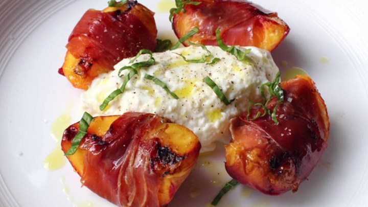 Grilled Peaches with Proscuitto