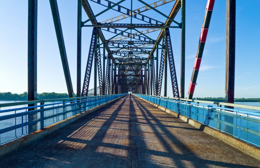 U.S.A., Missouri, St Louis area, Route 66, the old Chain of Roks bridge on the Mississippi river