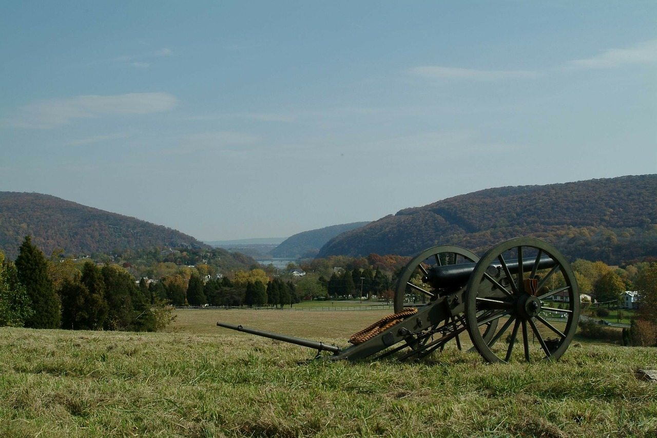 harpers-ferry-battle-reenacment