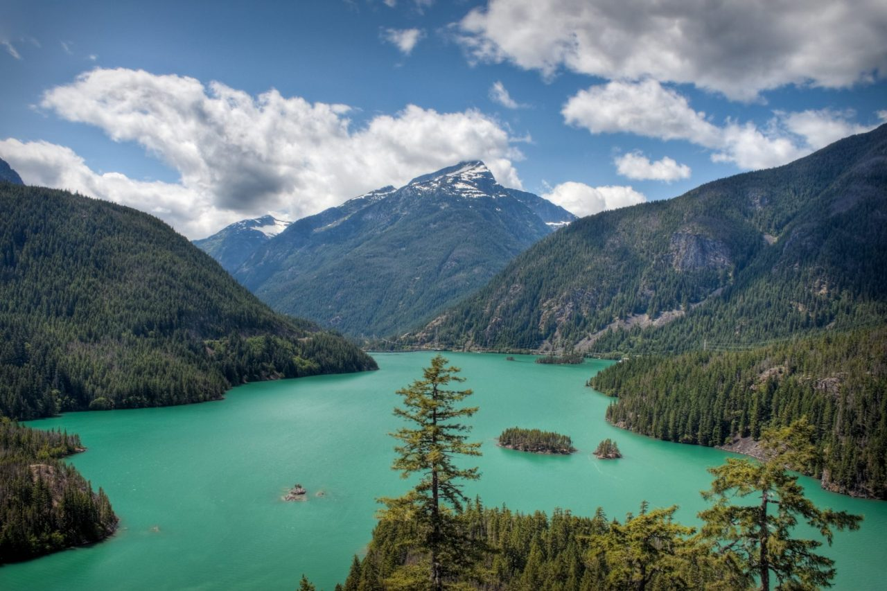 El Diablo Lake in North Cascades