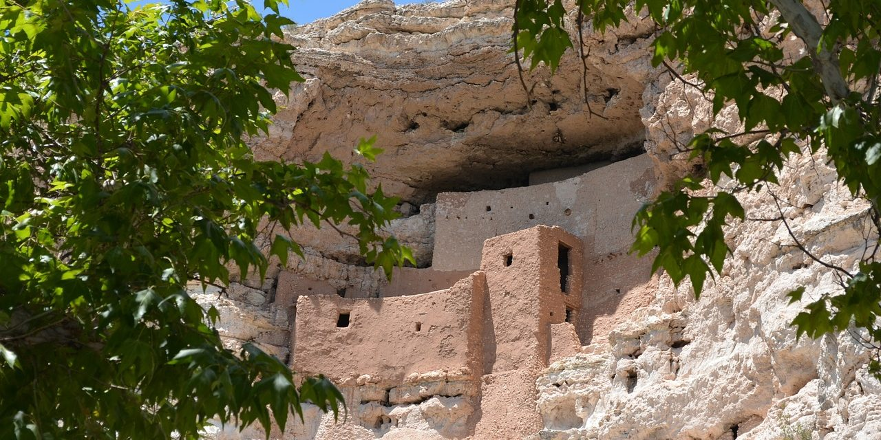 Exploring the Montezuma Cliff Dwellings