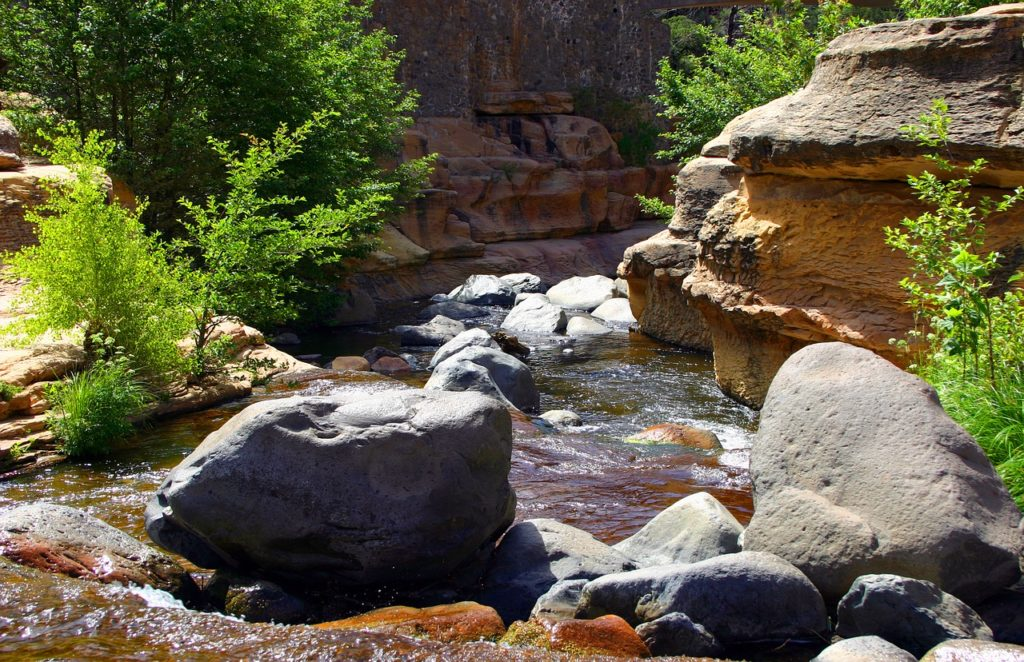 Rocks and water inside Slide Rock Park in Sedona Arizona