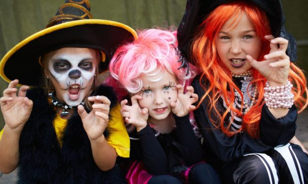 9 Travel-Themed Halloween Costumes